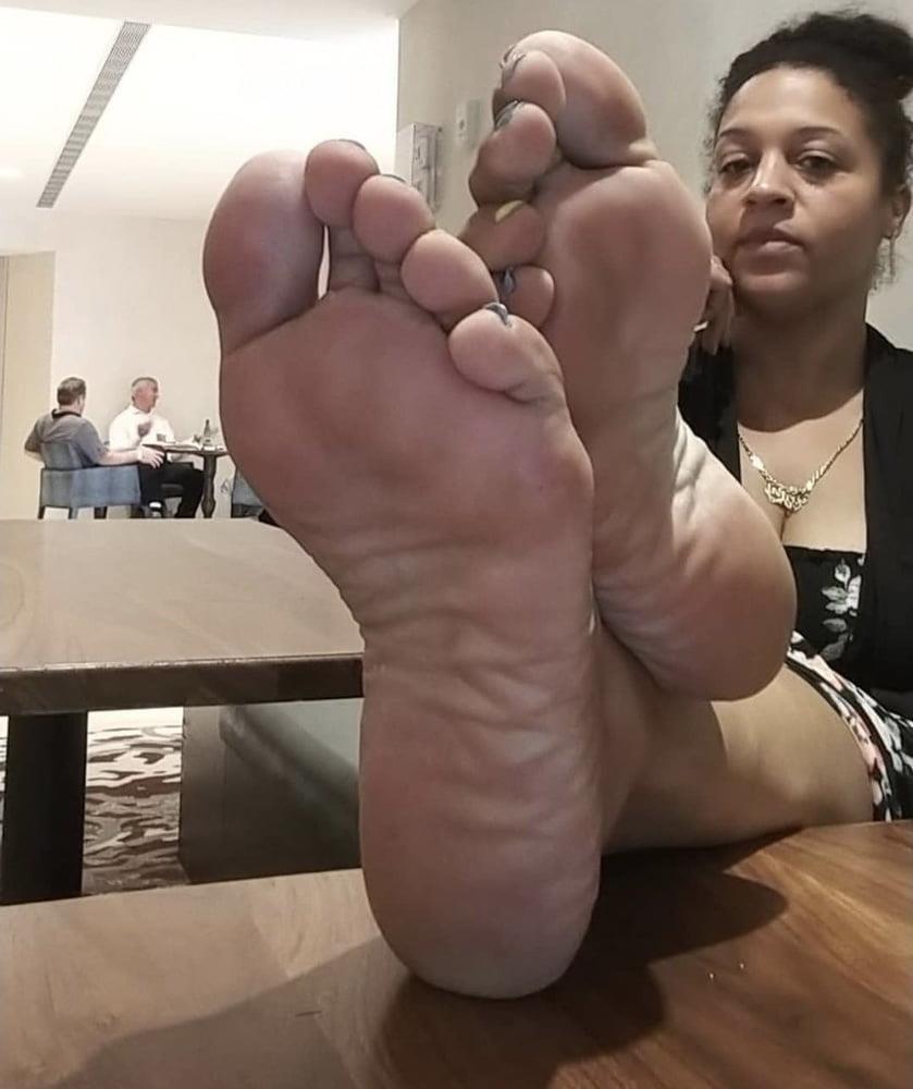 Feet joi cam-3833