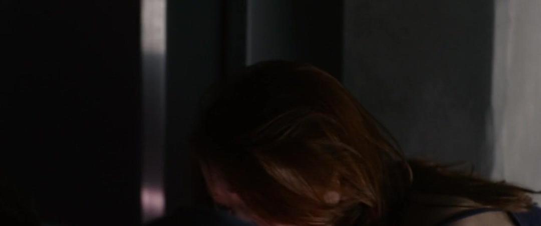 The Lazarus Effect (2015) 720p BluRay x264 ESubs [Dual Audio][Hindi+English]