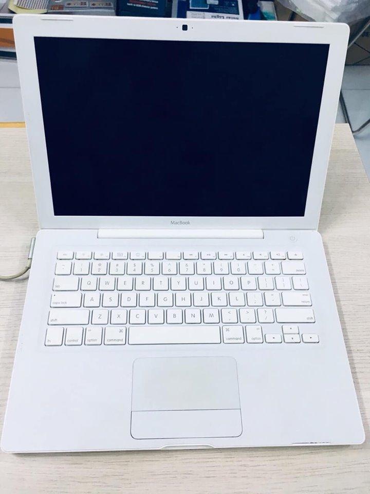 Thanh lý 1 em Macbook White giá chỉ 2t5 - 2