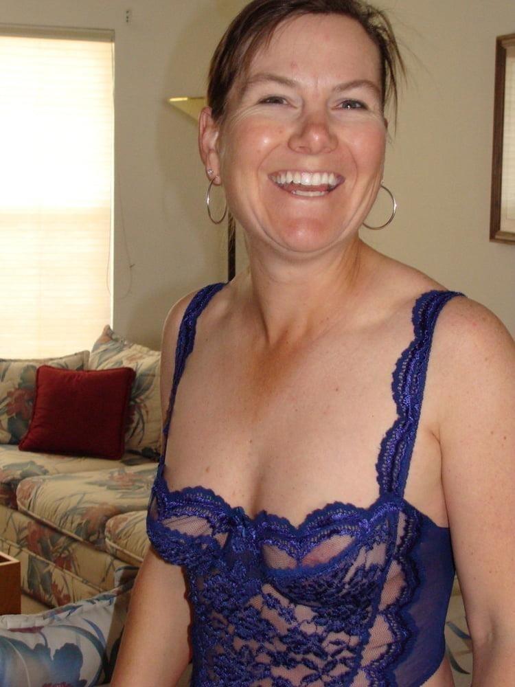 Nude milf panties-8372