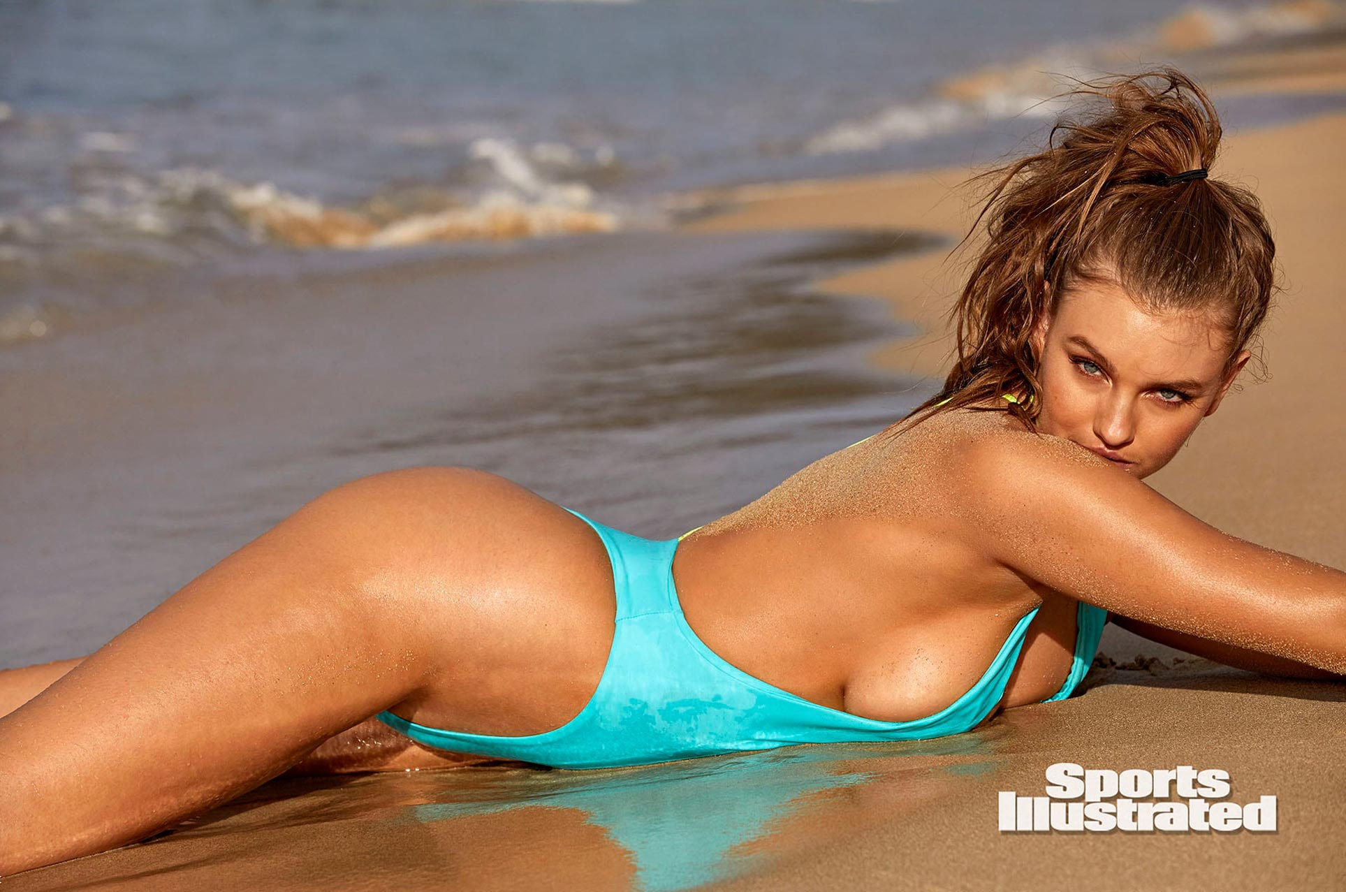Оливия Брауэр в каталоге купальников Sports Illustrated Swimsuit 2020 / фото 10