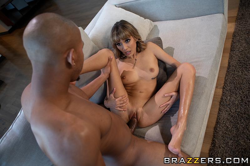 Janice Griffith, Ricky Johnson – Watch Party – Pornstars Like It Big – Brazzers