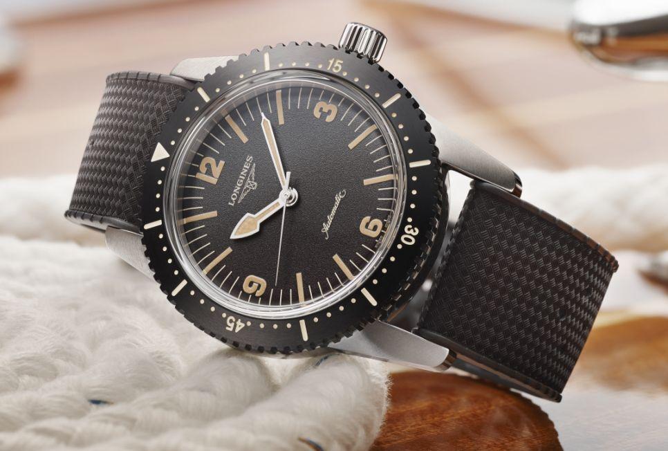 Longines' new Skin Diver 42 300 Meters JjqbQJn9_o