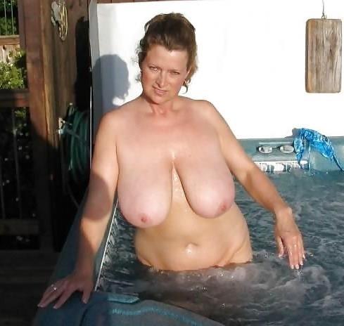 Granny big tit pics-7018