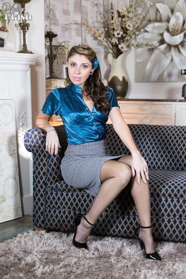 Genuine leather pencil skirt-7756