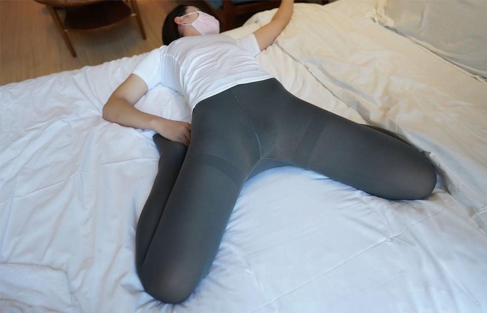 Japanese pantyhose feet-5293