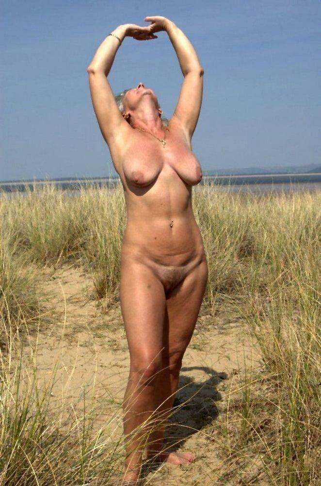 Naked mature women on tumblr-6024