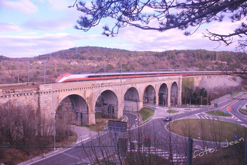 Talijanske željeznice - Rete Ferroviaria Italiana (Trenitalia, Trenord, Ferrovie Emiliane-Romagne,.....) - Page 6 3AfCiKpi_o