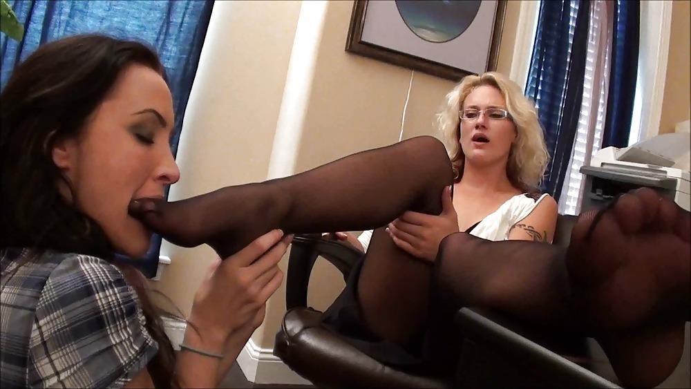 Teen lesbians foot fetish-2894