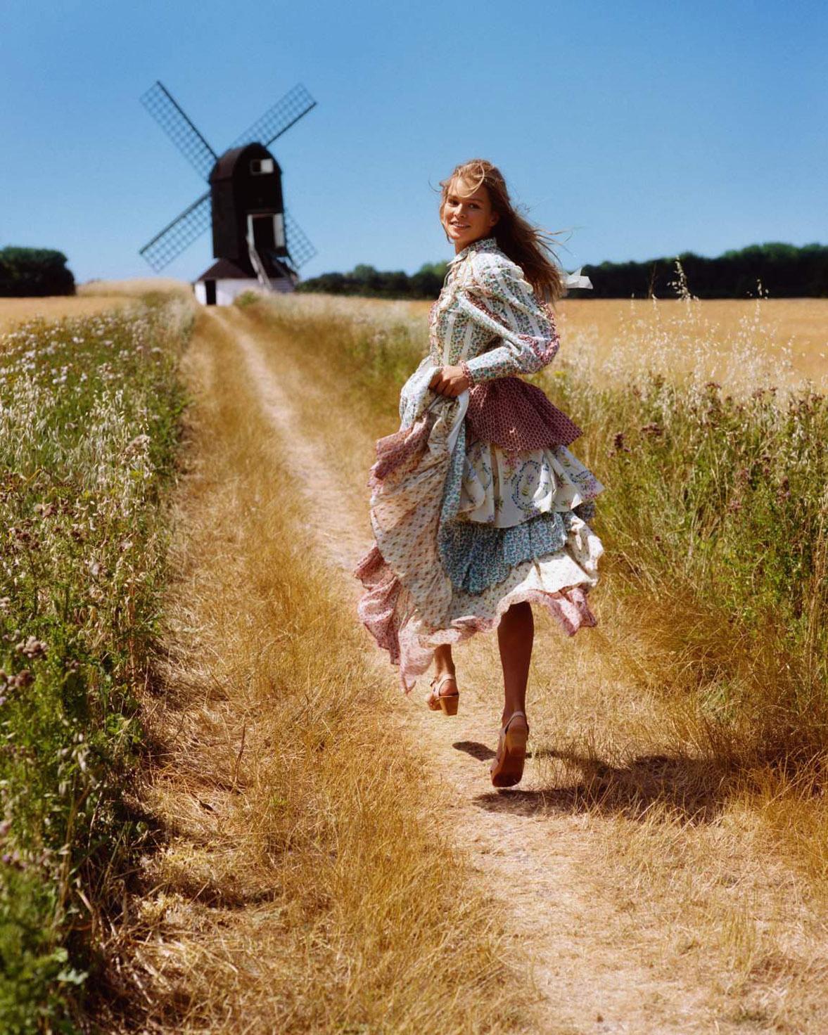 Bohemian / Anna Ewers by Alasdair McLellan - Vogue Paris november 2018
