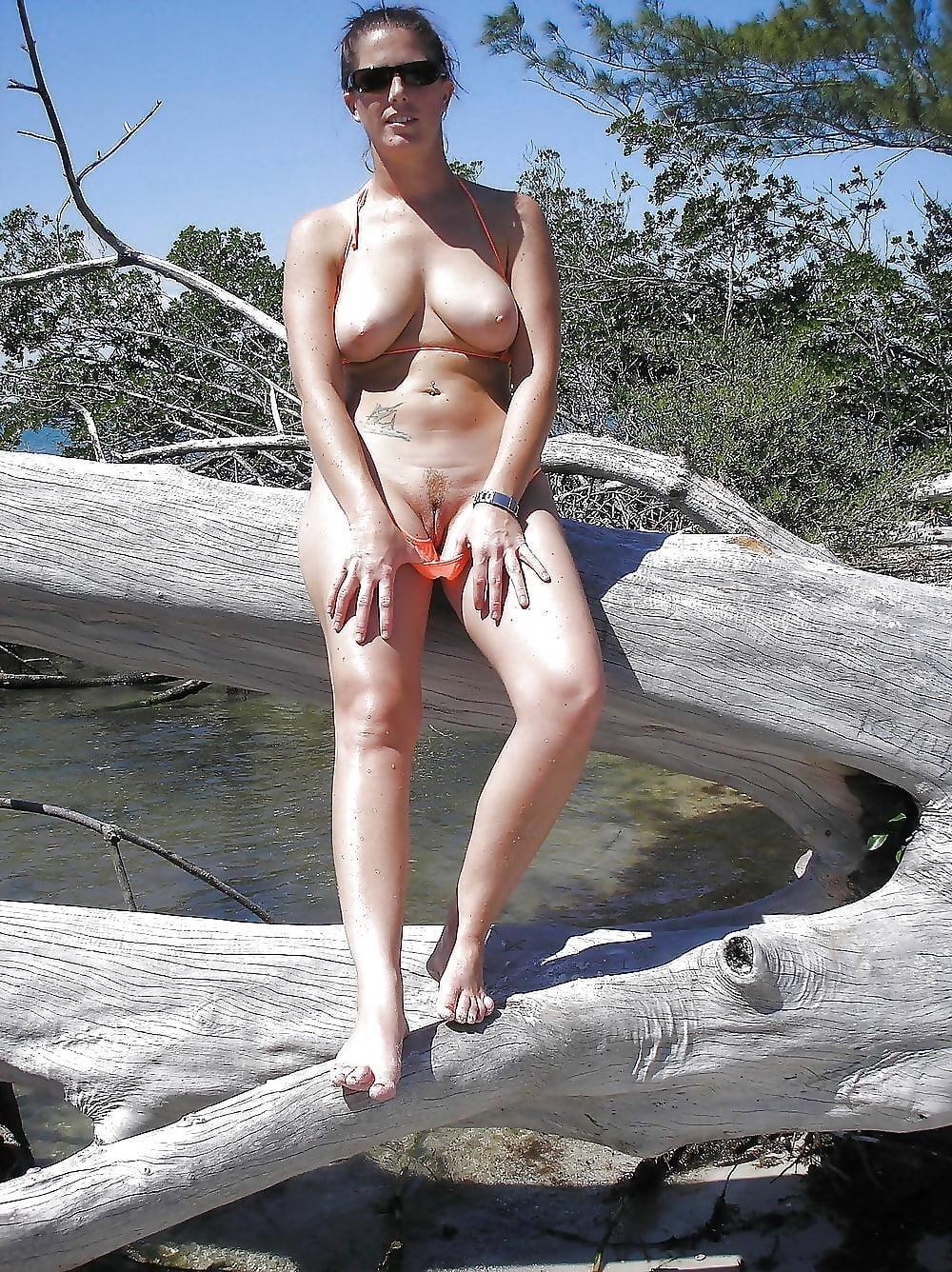 Big boobs nude on beach-9184