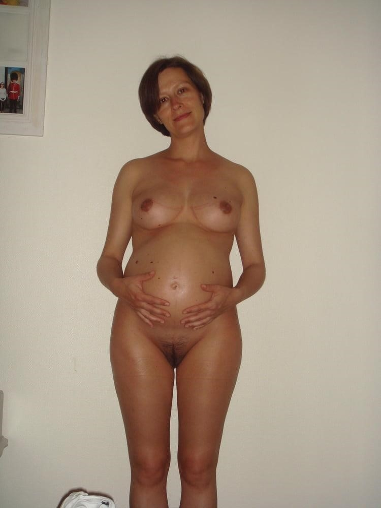 Sharp pain in left breast during pregnancy-1277