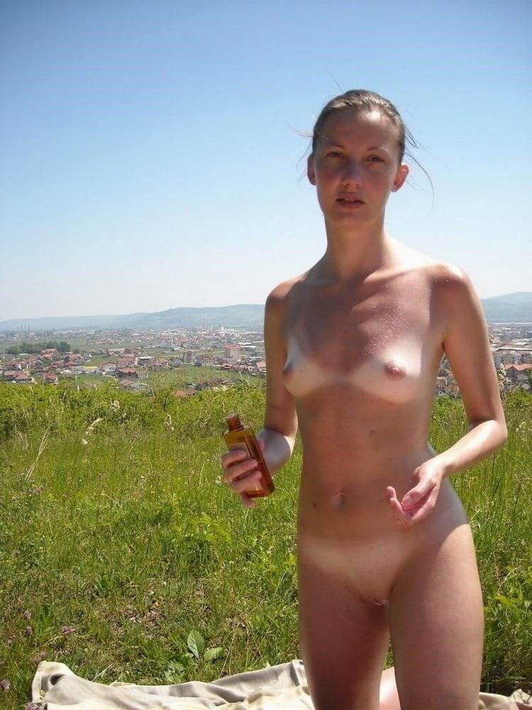 Outdoor public nudity-9468
