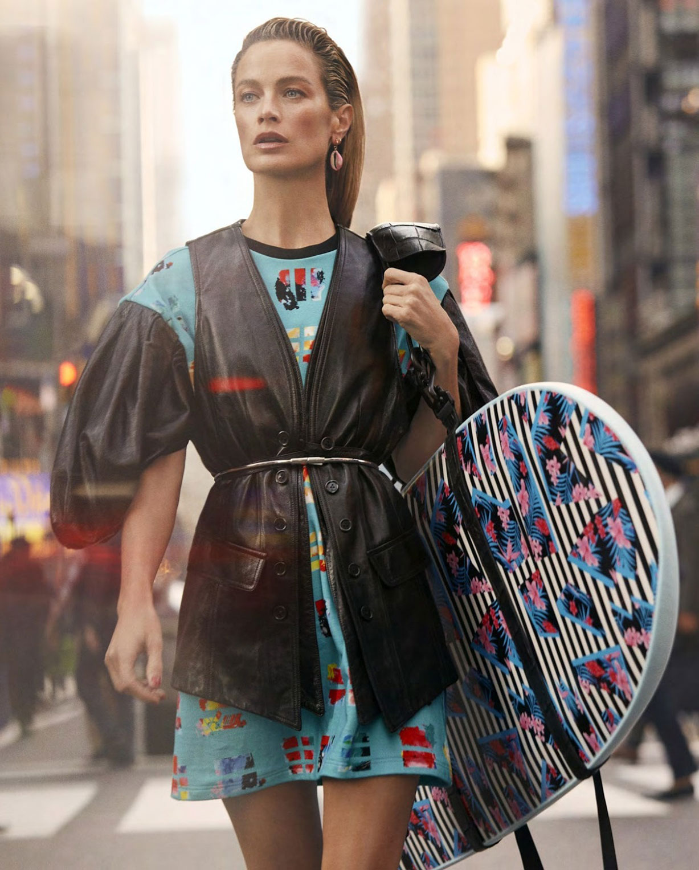 Surf City / Carolyn Murphy by Zoey Grossman / Harpers Bazaar US march 2019