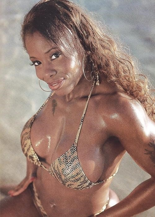 Nude pics of female wrestlers-9956