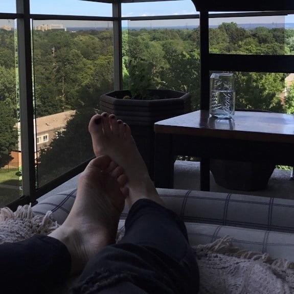 Lesbian long toes-4076