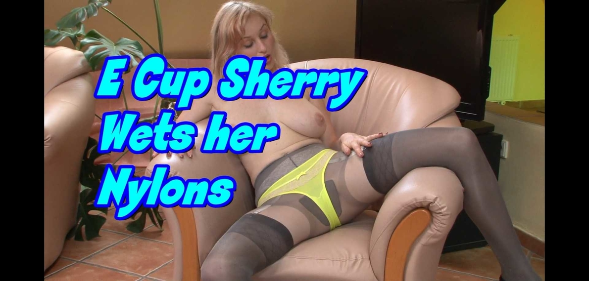 [FFstockings.com / Nylonsonly.com] Sherry Riley / Sherry Railey / Petra Mis (E Cup Sherry Wets her Nylons) [2013-11-01, All Girl, Big Boobs, Lingerie, Mature, Nylon, Pantyhose, Solo, Squirt, 1080p]