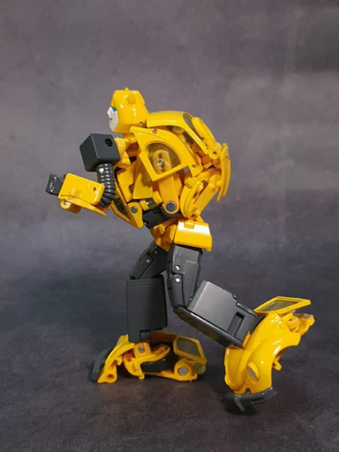 [Masterpiece] MP-45 Bumblebee/Bourdon v2.0 - Page 2 X8hm2cGy_o