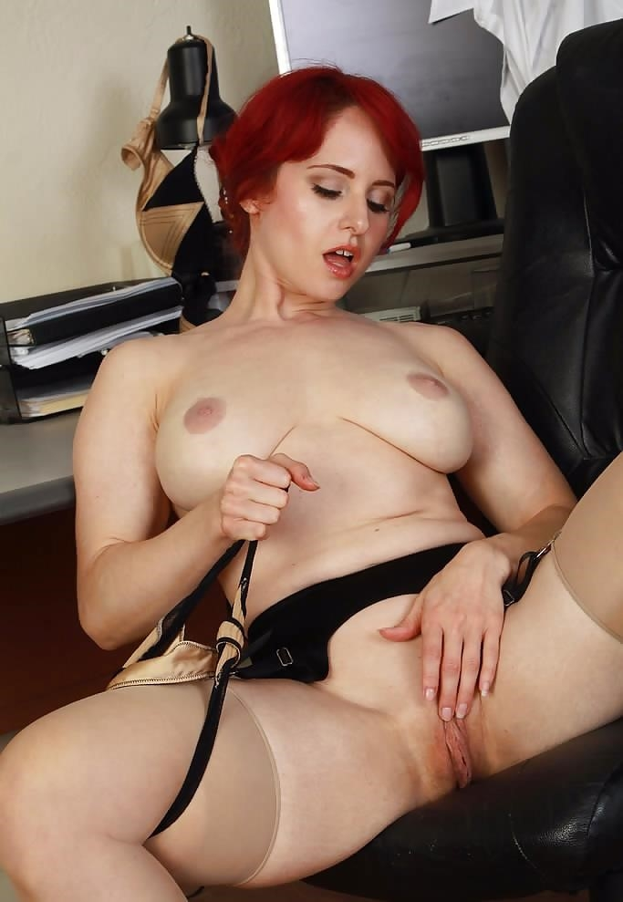 Pics of mature naked women-1459
