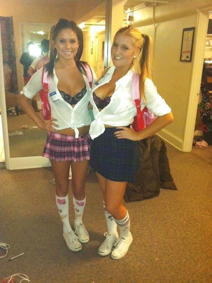 Sexy school girls kissing-3663