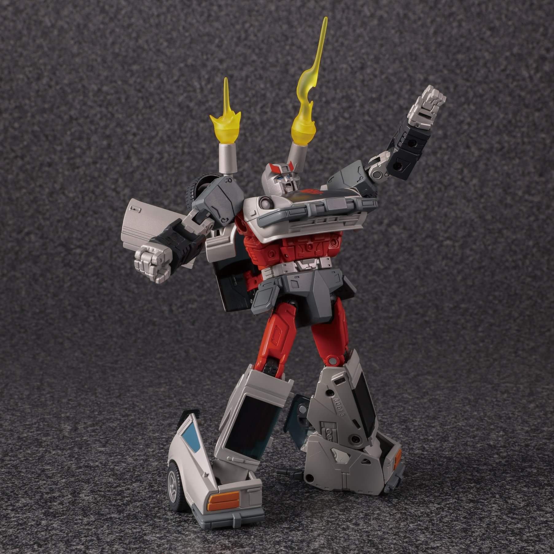 [Masterpiece] MP-18 Bluestreak/Jaseur - Page 3 PaKsmv1d_o