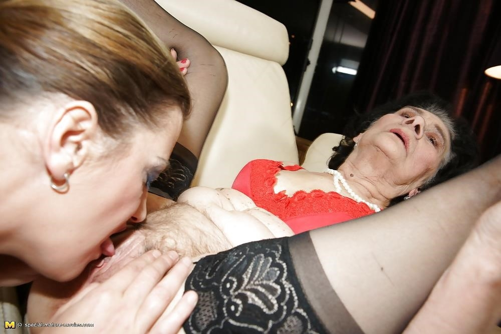 Group sex with mom-3387