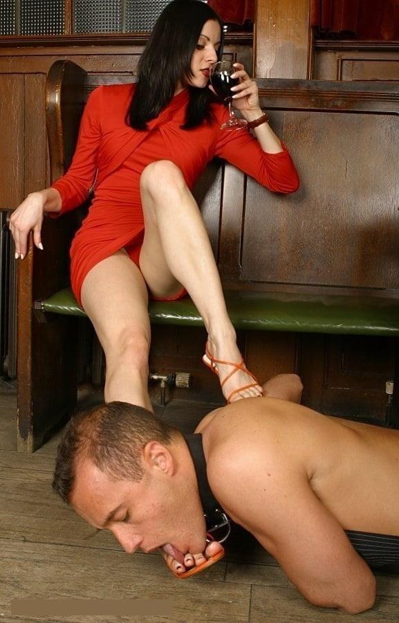 Victoria feet slave-6539