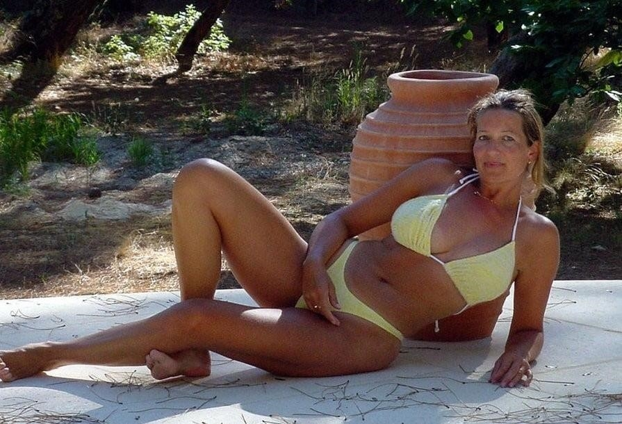 Mature amateur bikini pics-6158