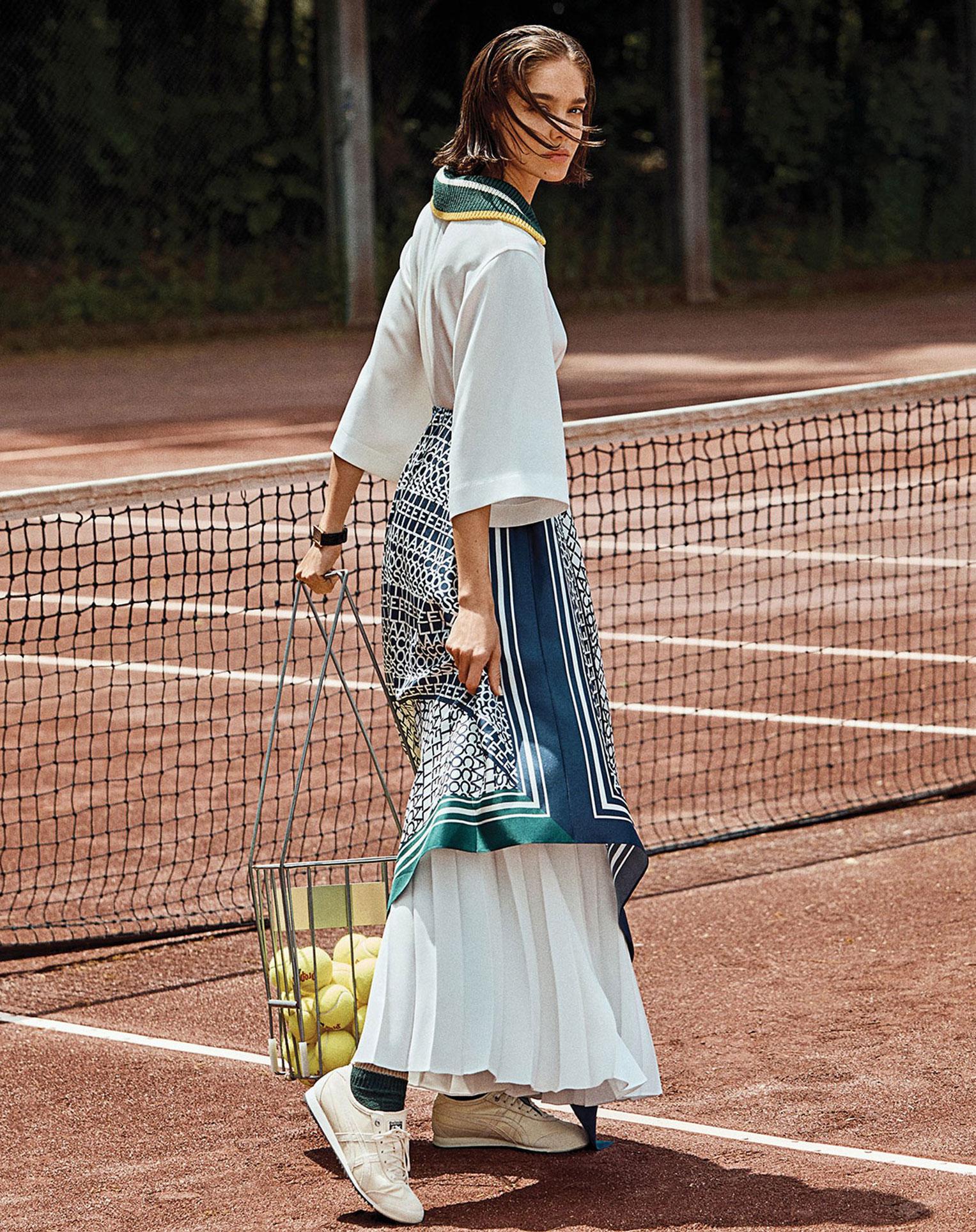 -Королева кортов- Мишель Дантас в модной одежде спортивного стиля / фото 04