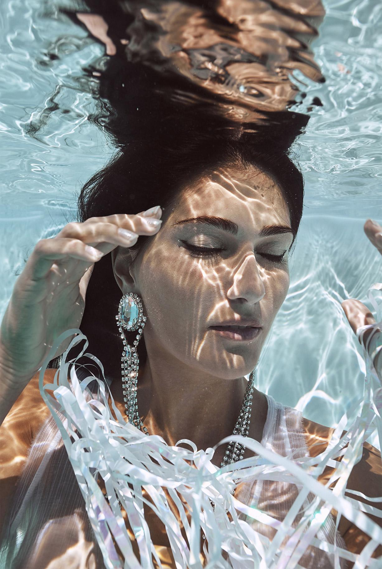 Ольга Джарти под водой / фото 04