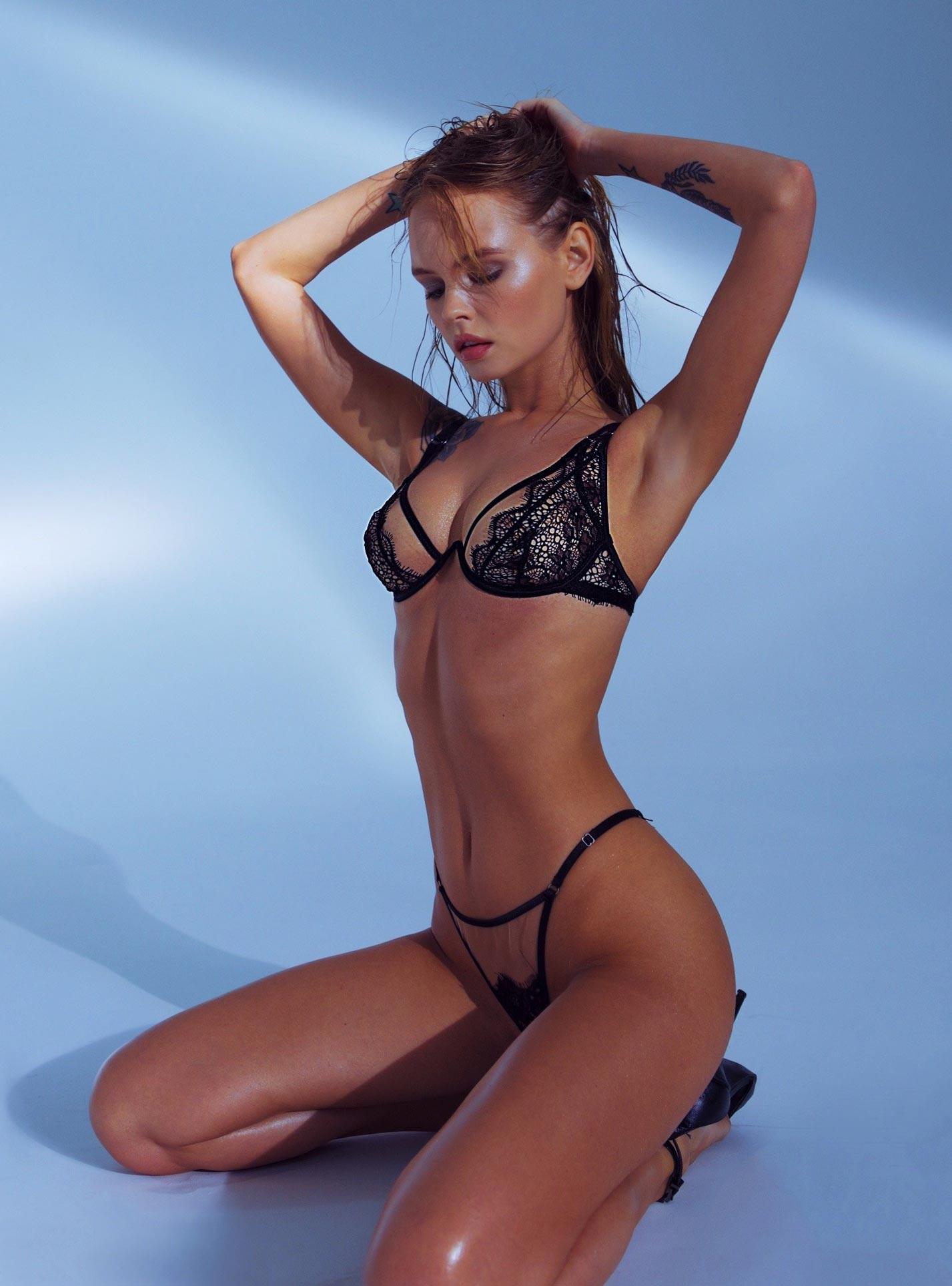 Анастасия Щеглова в сексуальном нижнем белье God Save Queen / фото 14