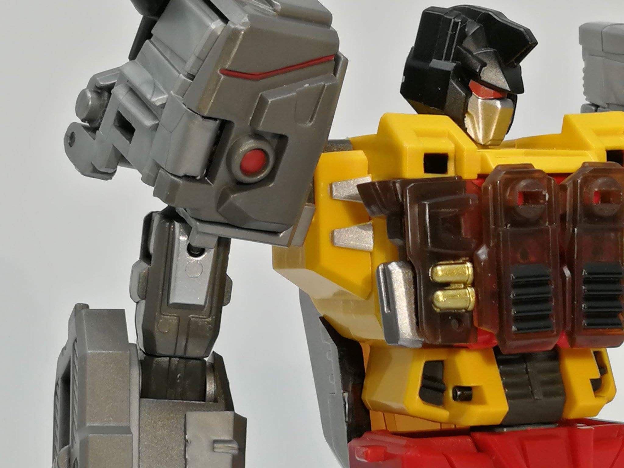 [FansProject] Produit Tiers - Jouets LER (Lost Exo Realm) - aka Dinobots - Page 3 QQu3tccm_o