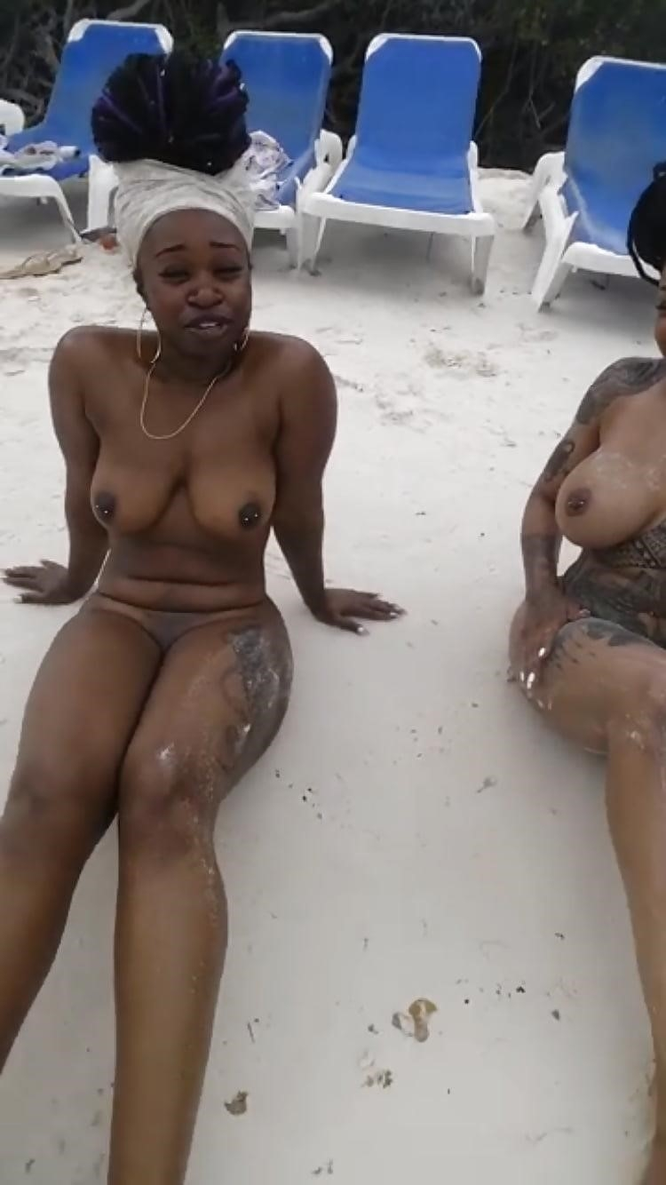 Black females in the nude-3000