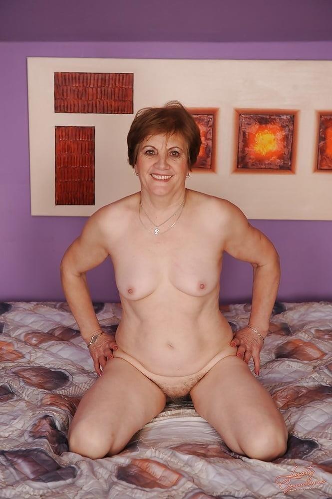 Lady granny free porn-3035