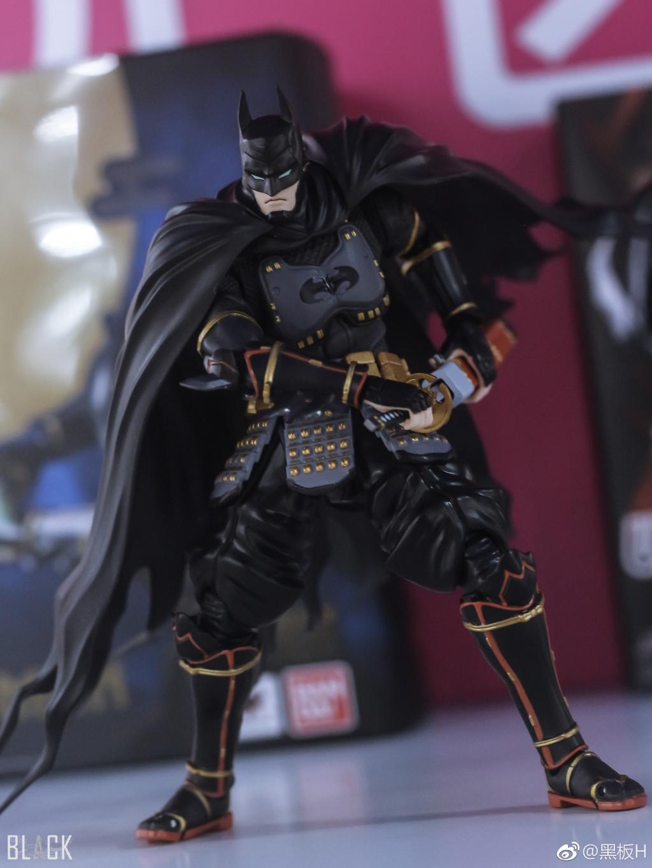 Batman - Page 16 PwJ9prMQ_o