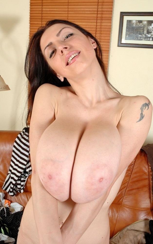 Slim girl huge tits-7135