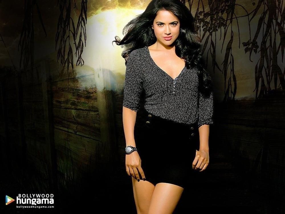 Sameera reddy sexy photos-7381