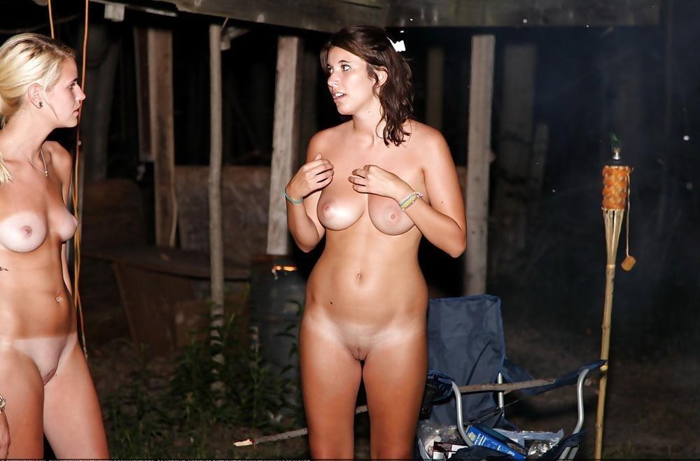 Girls peeing outside naked-9250