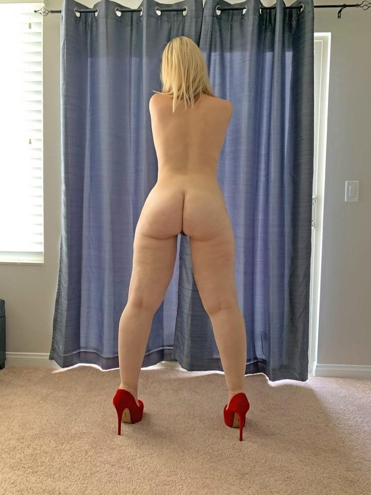 Wife naked with strangers-6840