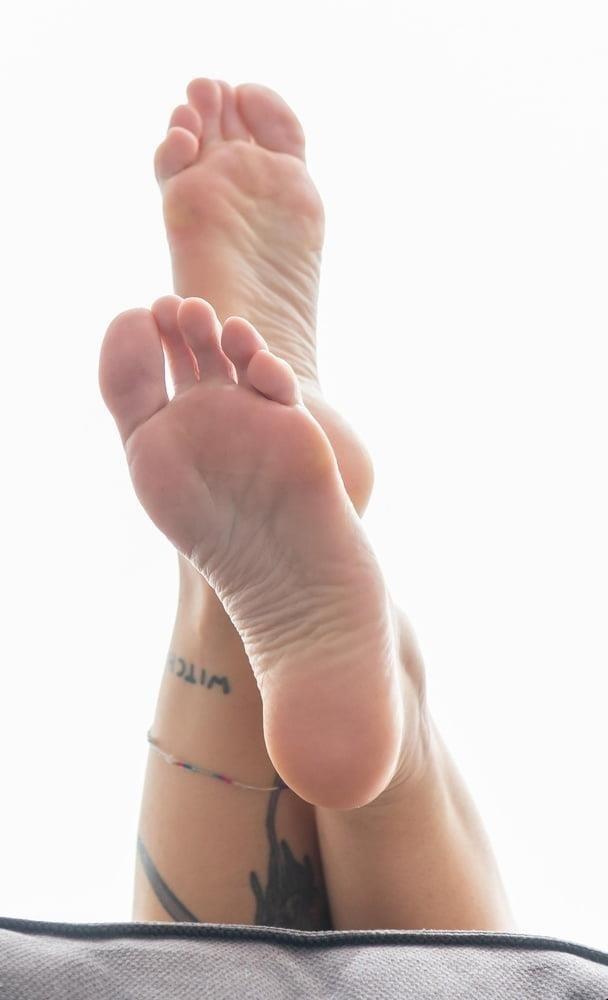Foot fetish foot worship-2470