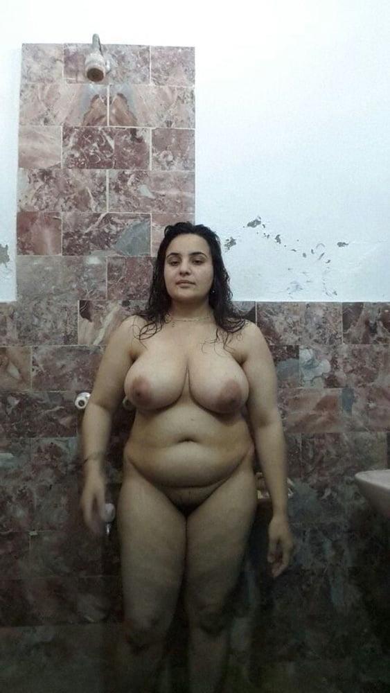Big boobs lady pic-8945