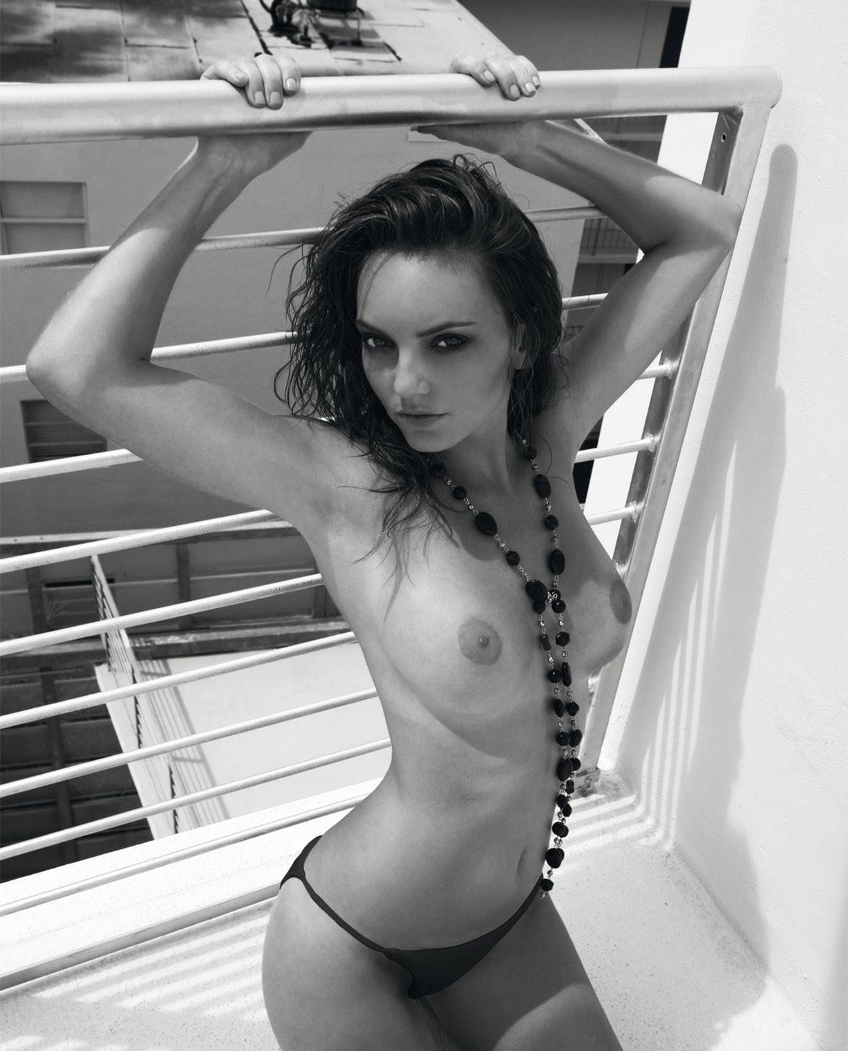 Berner Group erotic calendar 2009 - Hight Performance