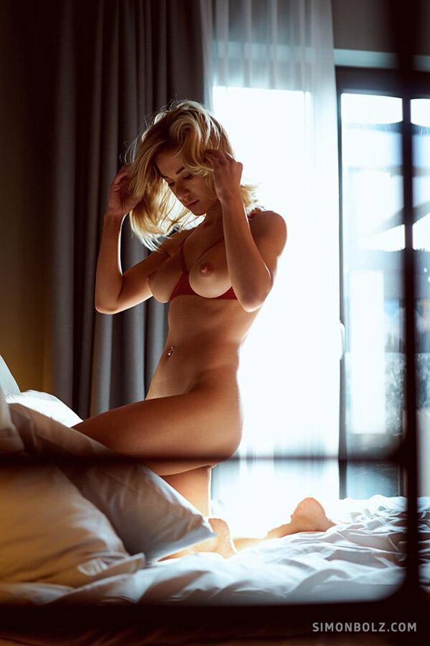 Голая и сексуальная Даша Литвин / фото 02