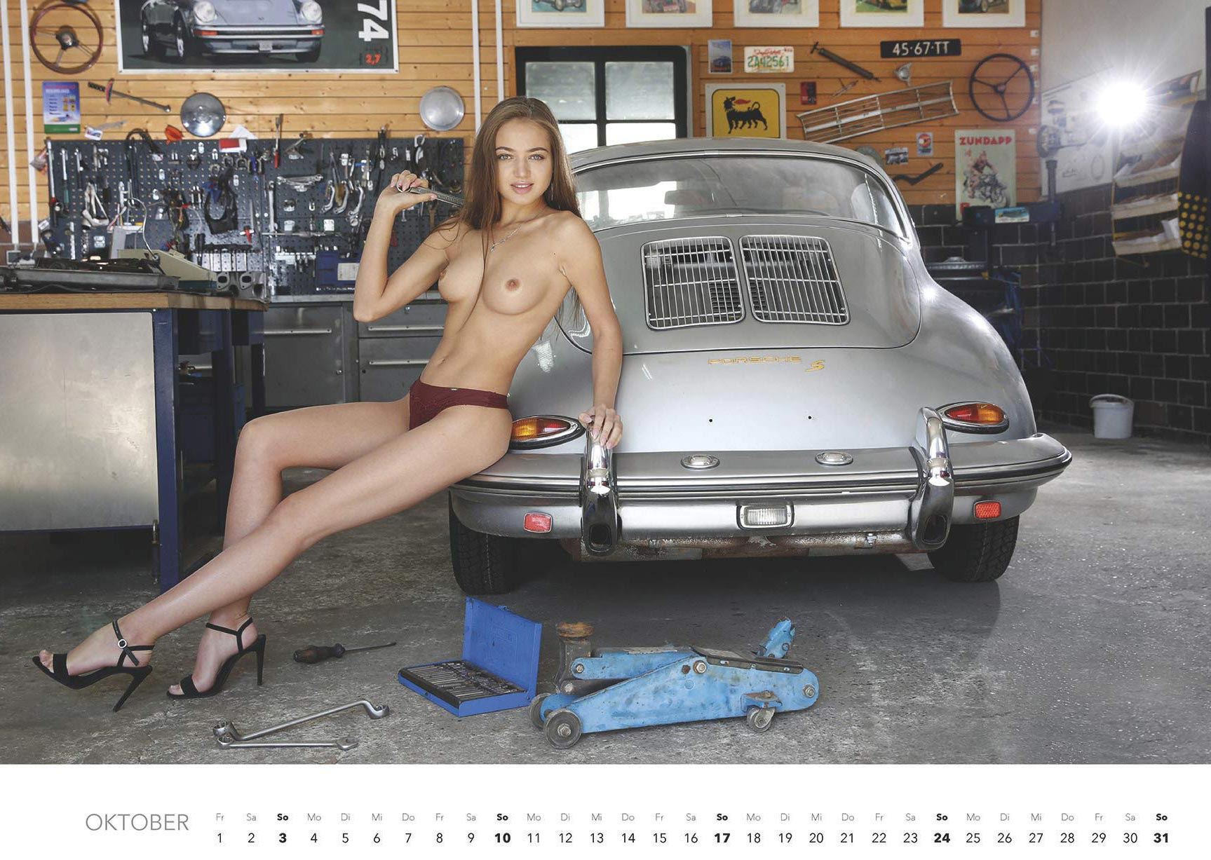 Эротический авто-календарь -Отвертка мечты 2021- / октябрь