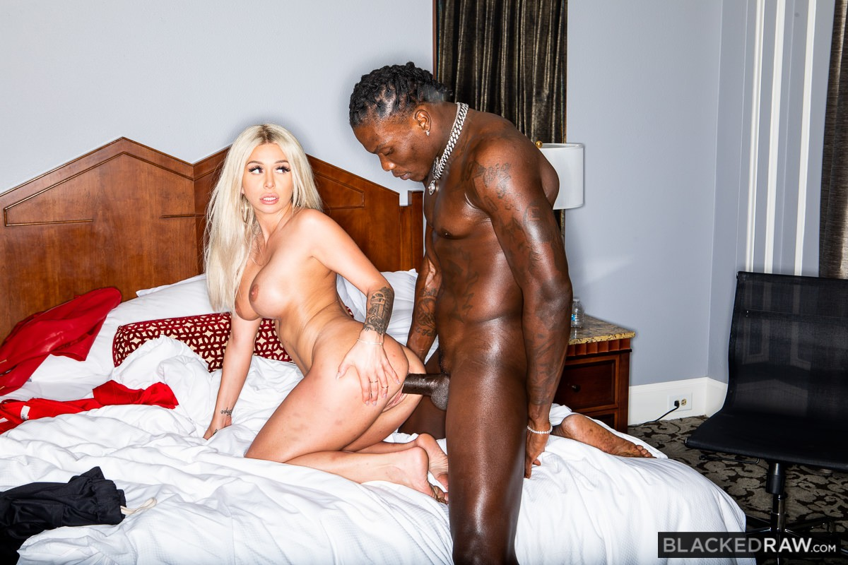 Madelyn Monroe, Louie Smalls - It's All I Want - Blacked Raw