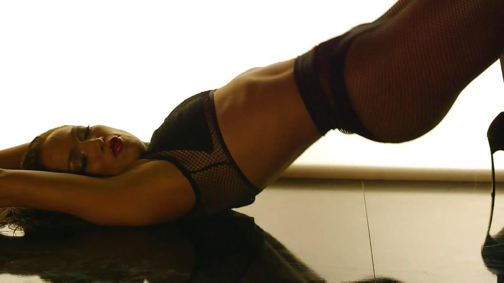 Jennifer lopez booty ft iggy-1050