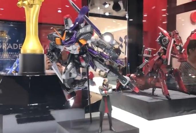 Gundam Dock at Tokyo / Gundam Base/ 1/1 (Exposition) ELI4PqJj_o