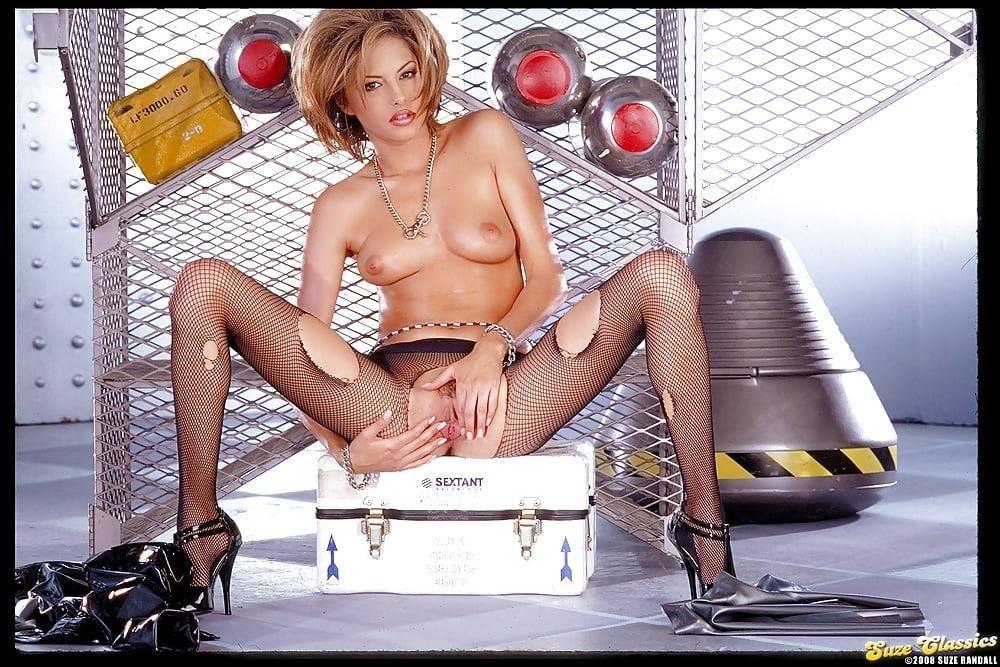 Hot naked babes porn-2122
