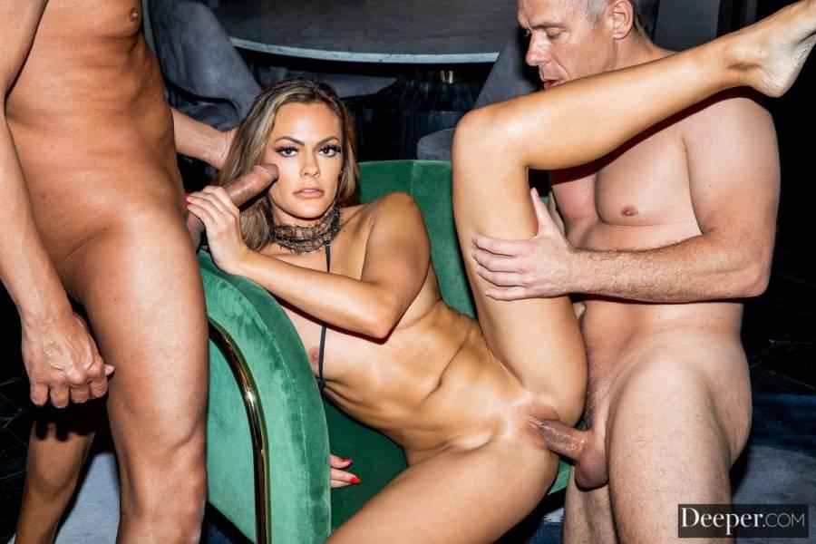 Aila Donovan, Mick Blue, Michael Stefano – Vicarious – Deeper