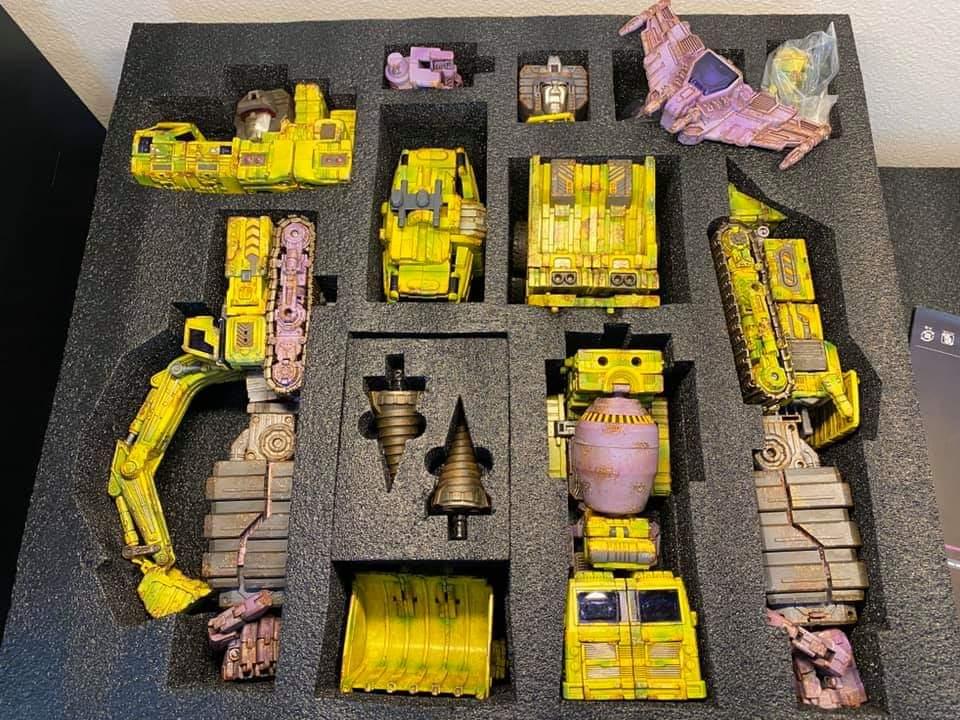 [Toyworld] Produit Tiers - Jouet TW-C Constructor aka Devastator/Dévastateur (Version vert G1 et jaune G2) - Page 11 IZMMW8Lo_o